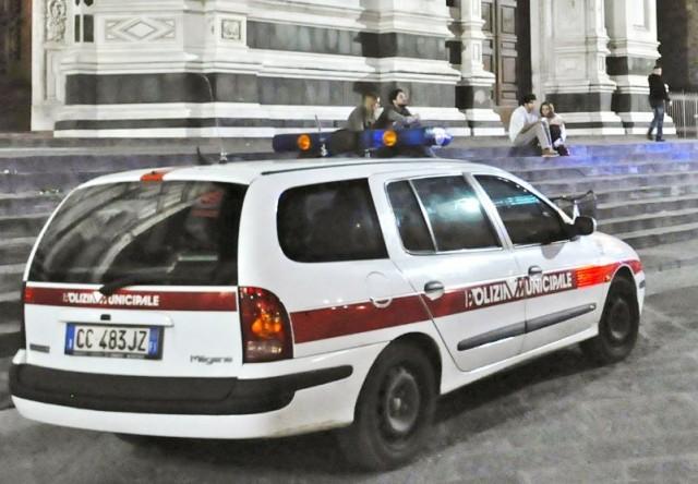 polizia_municipale_firenze_notte01