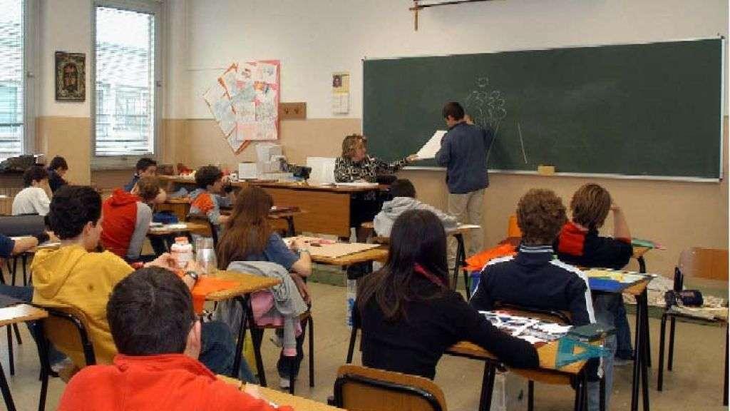 Scuola: niente scartoffie, più spazio alla didattica con gli alunni in carne ed ossa