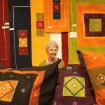 June Schwikkard nel suo stand