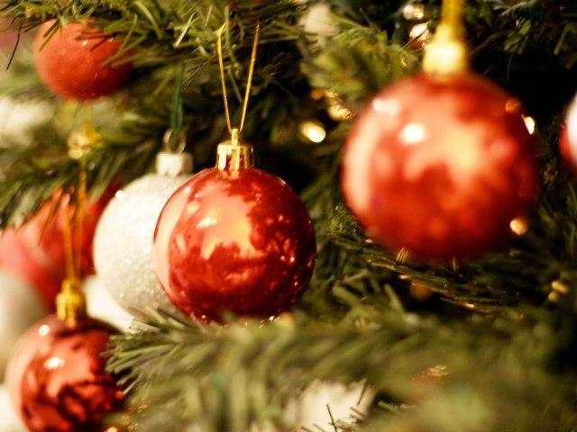 Palline Di Natale Immagini.Natale A Scandicci Mercatini Iniziative Commerciali E