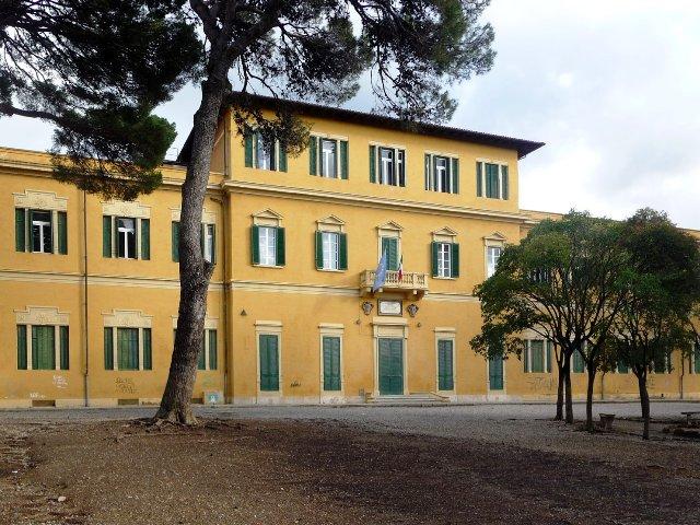 Villa Corridi (foto: Lucarelli, Wikipedia)