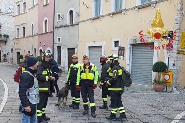 vigili_del_fuoco_visso_terremoto_centro_italia_pisa_firenze_usar_medium_2016_10_27_-4