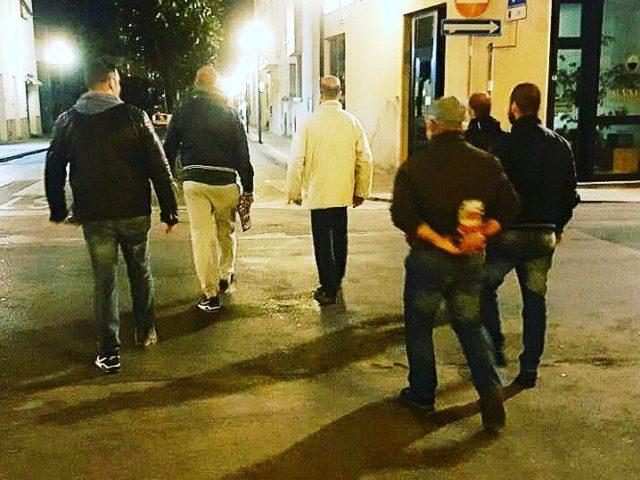 Le passeggiate della sicurezza in centro a Certaldo organizzate dai militanti di Forza Nuova