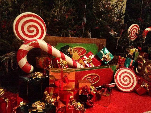Babbo Natale A Casa Dei Bambini.Mercatini Musica Casa Di Babbo Natale E Altro Ancora