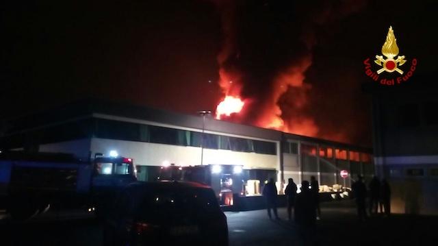 porcari_incendio_calzaturificio