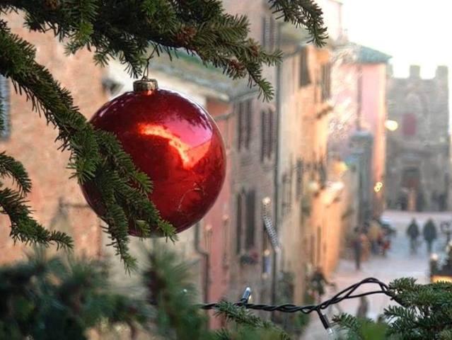 Immagini Natale E Capodanno.Natale E Capodanno Dove Trascorrerai Le Feste Rispondi Al